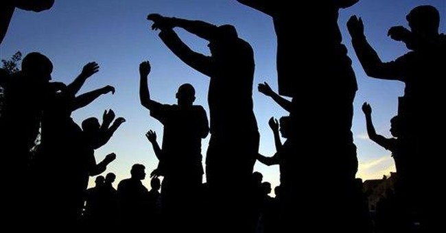 Bahrain police break up march on capital