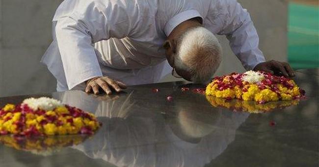 India anti-corruption activist holds symbolic fast