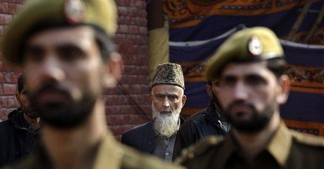 Bold attack on Kashmir minister leaves guard dead