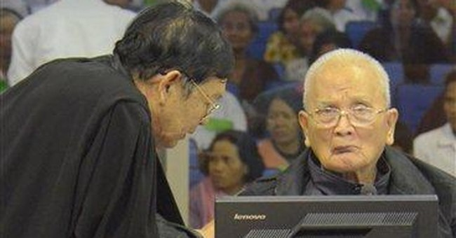 'Unfit' Khmer Rouge defendant to stay detained