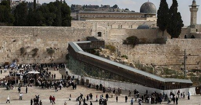 Israel reopens contested ramp, easing spat