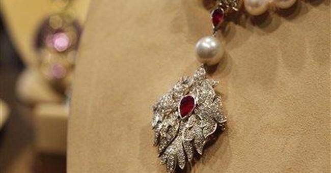 Correction: Elizabeth Taylor Auction story