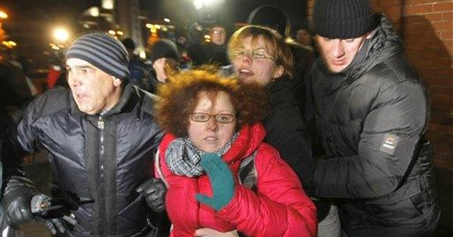 Topless protest group claims Belarus police abuse