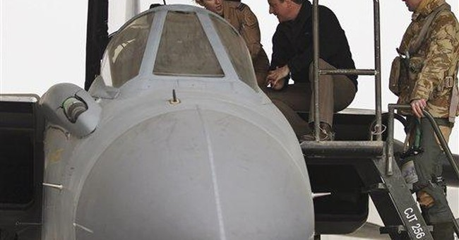 Britain's Cameron visits troops in Afghanistan