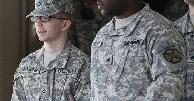 Defense says Manning victim of military overreach