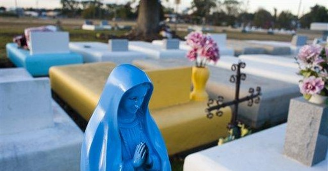 Councilman in La. pushes ban on colorful tombs