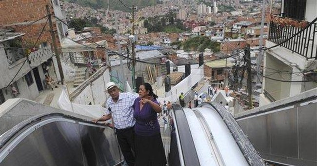 Colombian city gets giant, outdoor escalator