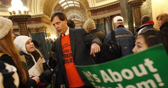 Neither side budging in Wisconsin union fight