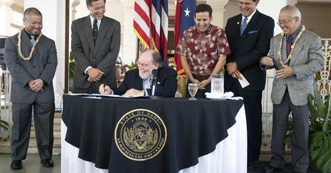 Hawaii's governor signs civil unions into law