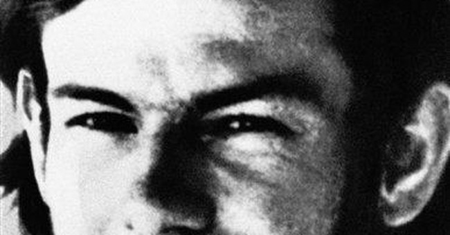 Judge, lawyers urge parole in 1970s bus kidnap