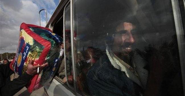 At Tunisian border, tales of terror from Libya