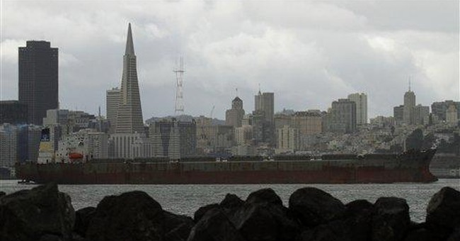 San Francisco hill regions get dusting of snow