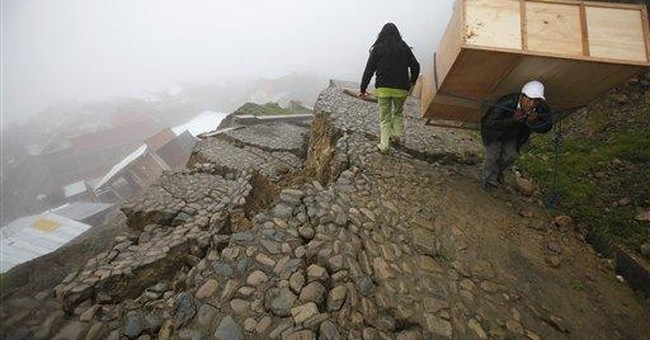 Hill collapse in Bolivian capital ruins 400 homes