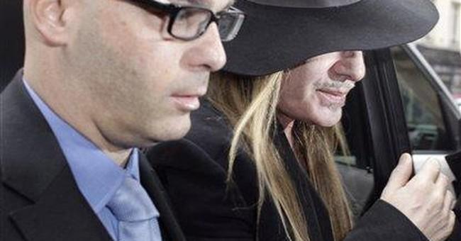 Galliano faces anti-Semitism accusations in Paris