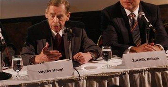 Havel's library to move to 16th-century palace