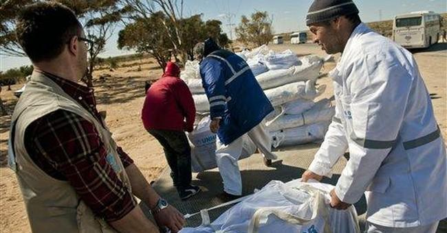 Over 180,000 refugees flee to Libya's borders