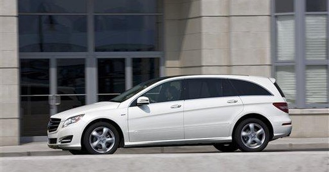 Is R-Class a wagon, minivan or SUV?