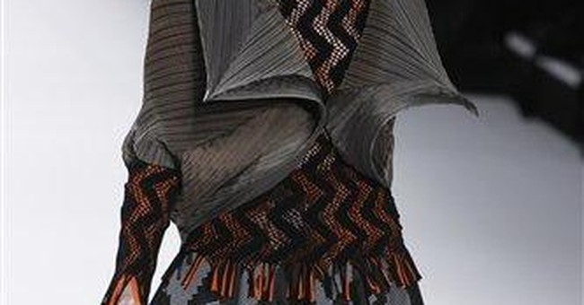 Fashionistas lament end of Galliano's Dior