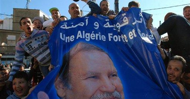 Algerian pro-democracy march put down by police