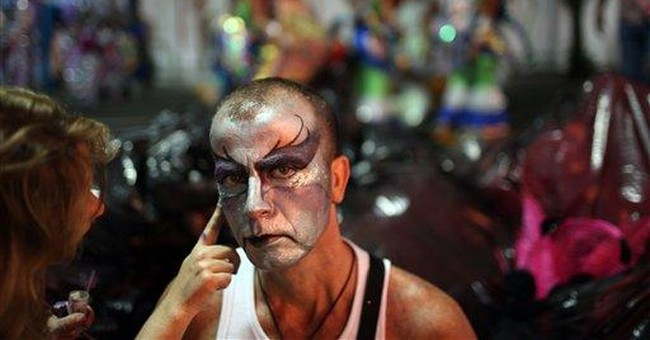 Rio Carnival group bounces back from fire