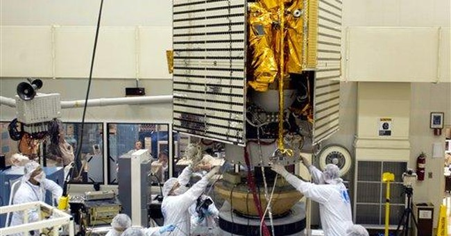NASA spacecraft trying to get into Mercury's orbit