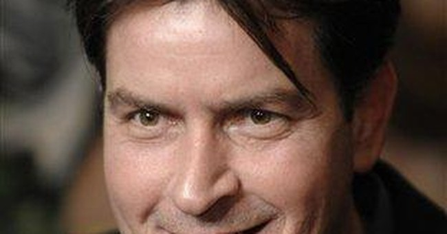 Charlie Sheen brings live show to Detroit, Chicago