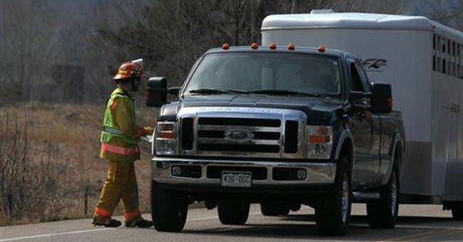 Crews make progress on Colorado wildfire