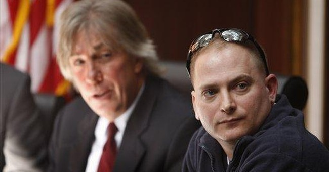 Vet says 'Hurt Locker' damaged his credibility