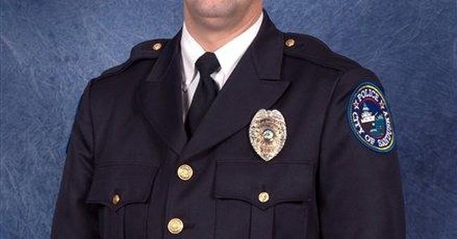 Police officer dies in Ohio shooting; suspect hurt