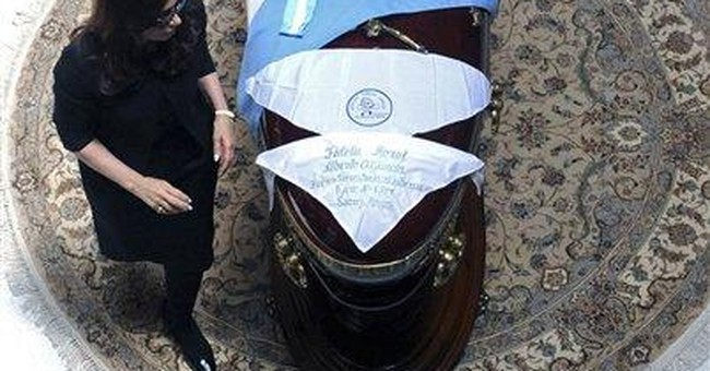 Argentina: Mourning president has re-election edge