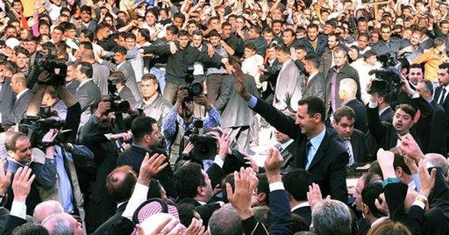 Syrian protesters clash with security forces