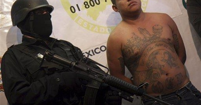 Mexico City street gangs mimic cartel violence