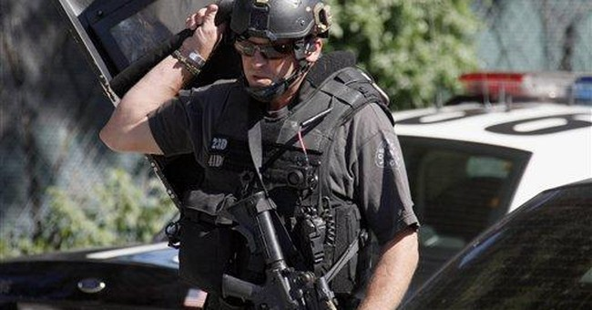 Calif. siege ends with suspected cop shooter dead