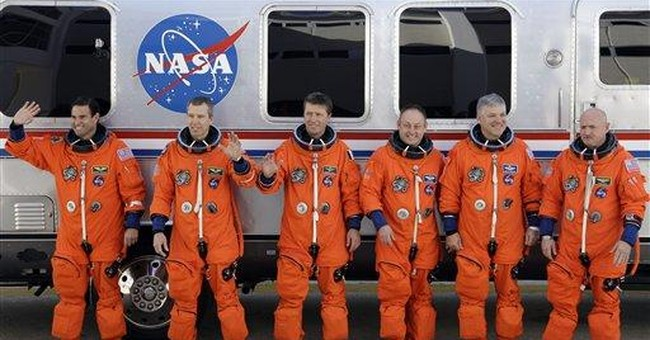 NASA delays next space shuttle launch by 1 1/2 weeks
