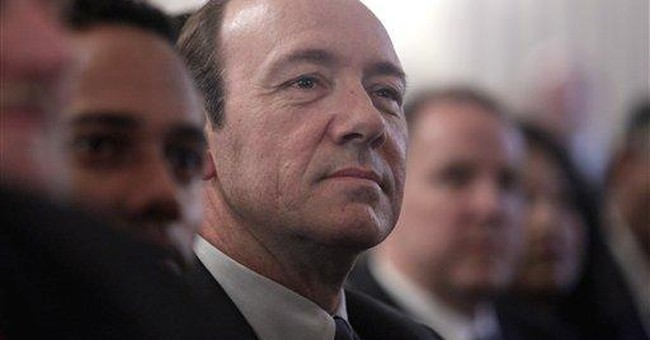 Kevin Spacey calls for arts funding in Congress