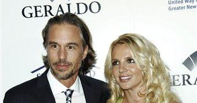 Spears asks judge to add fiance to conservatorship