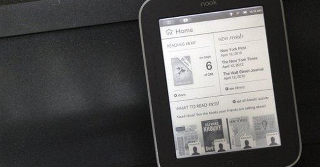 Barnes & Noble lights up e-reader screen
