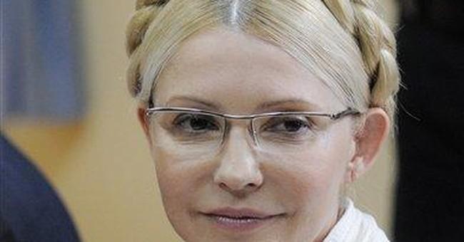 Tymoshenko stands new trial in Ukraine