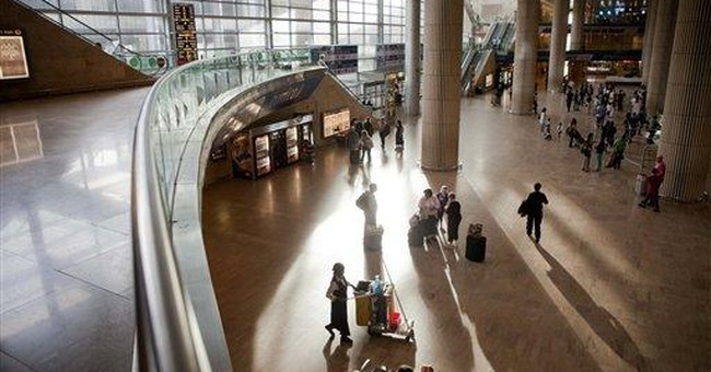 Airlines cancel activists' flights to Israel