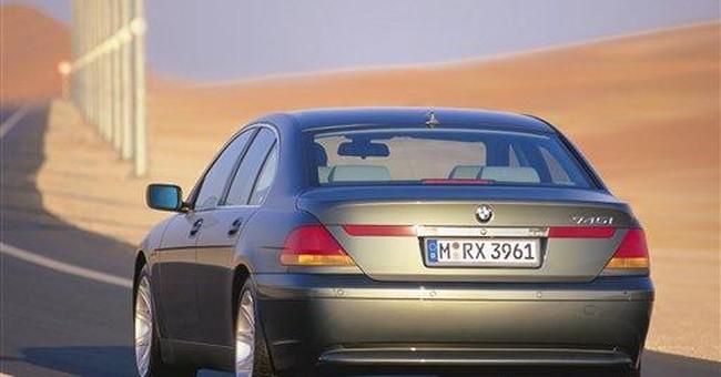 Feds find 16 crashes, 5 injuries in BMW probe