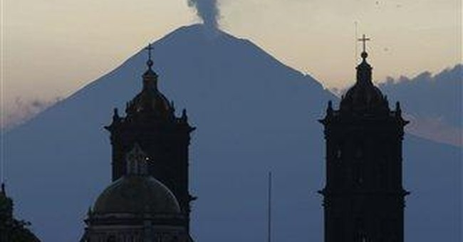 Mexico raises volcano alert level after rumbling