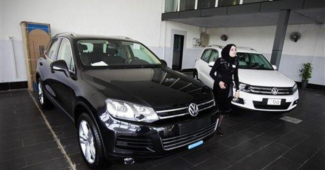 Iraqi plate dealers benefit as new car sales soar