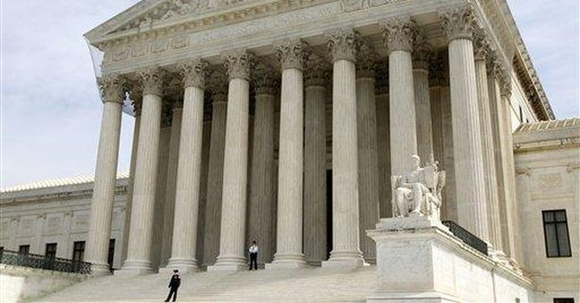 Supreme Court moves to center of presidential race