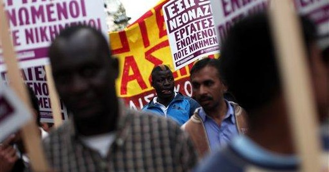 Greece opens first migrant detention center