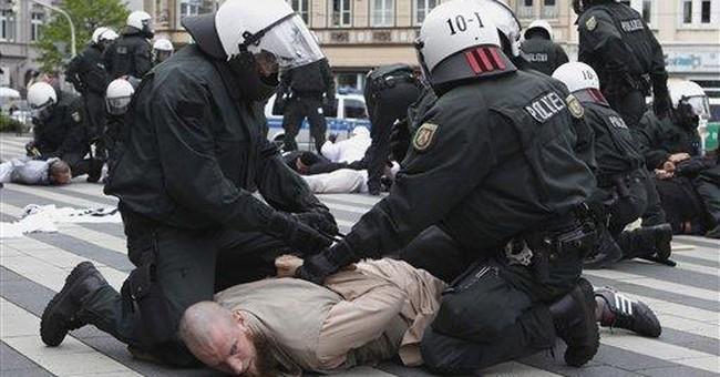 German police arrest 30 Salafists after clashes