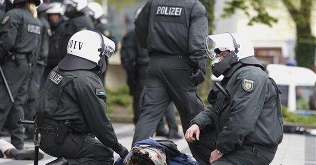German police arrest 100 Salafist protesters