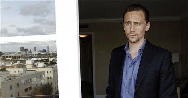 'Avengers' bad boy Hiddleston wreaks wicked fun