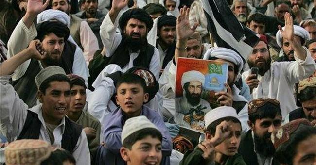 Taliban kill 14 Pakistani troops, string up heads