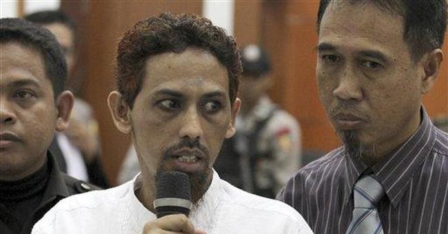 Key Bali bombing suspect tells victims he's sorry