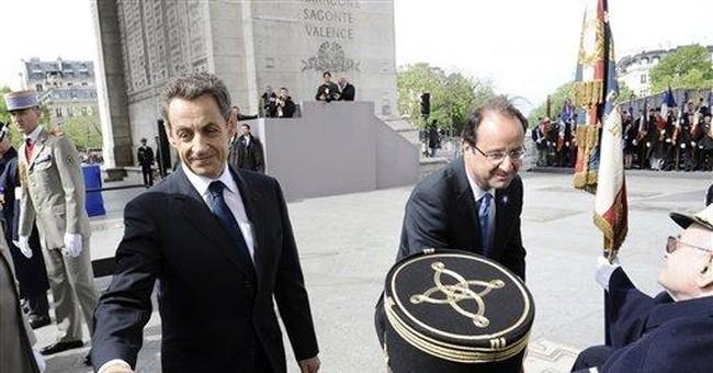 Hollande, Sarkozy lead V-E Day ceremonies in Paris